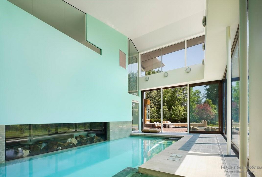Голубой цвет отделки оптимален для помещений с бассейнами