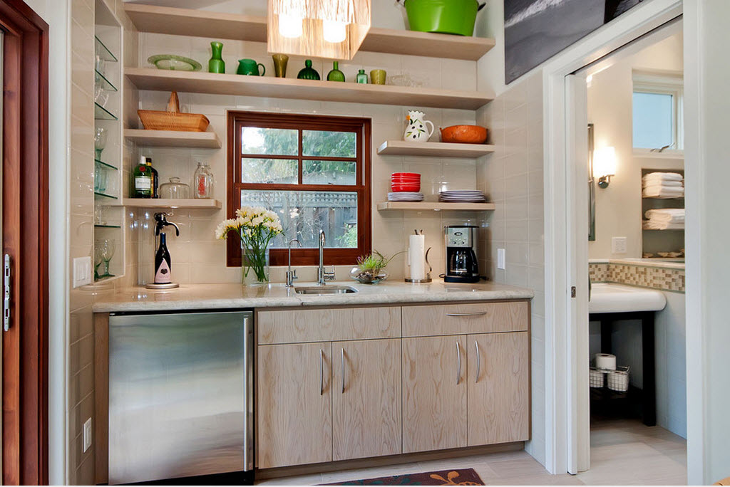 Дизайн кухни с полом подиумом