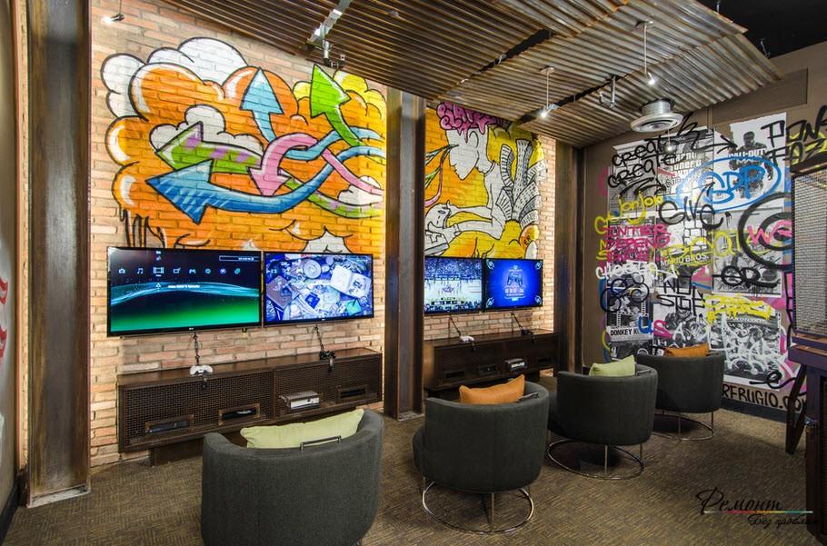 Граффити в интерьере квартиры: дизайн комнат с рисунками граффити
