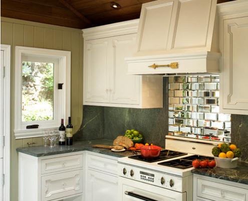 Дизайн кухни фото маленькая