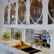 Очарование зеркальных поверхностей