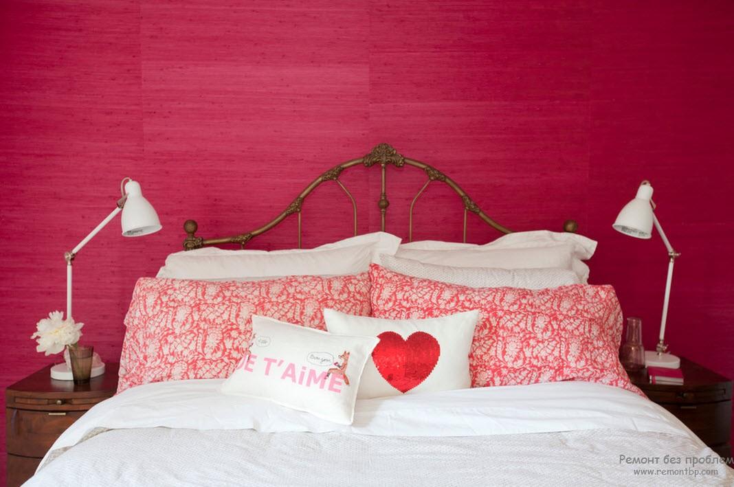 Красивая женская спальня
