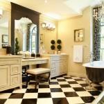 Чёрная ванная: ощущение бесконечности