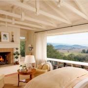 Дизайн окна в спальной комнате — ключ к уюту и покою