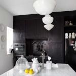 Черно-белые кухни: классика жанра