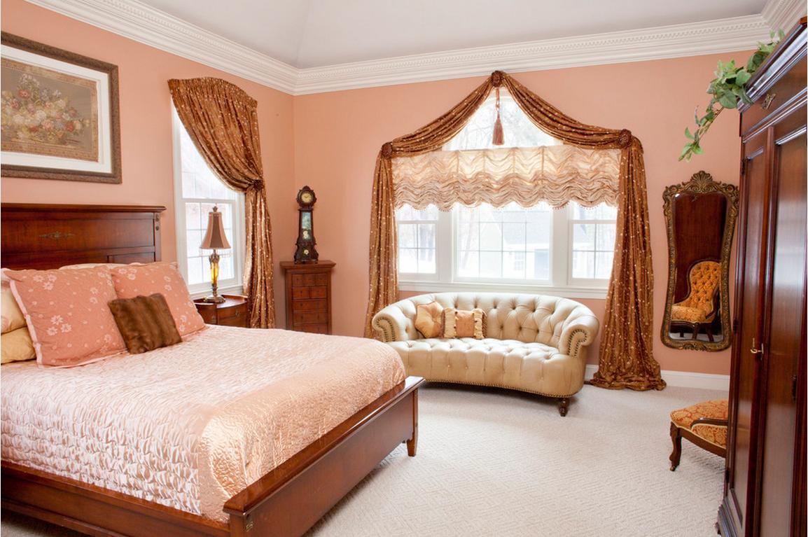 Австралийские шторы в классическом дизайне спальной комнаты