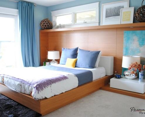 Картины на конструкции над кроватью