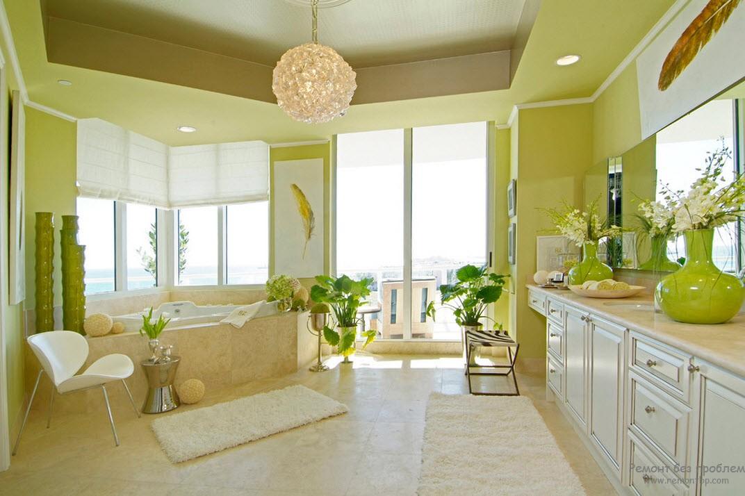 Атмосфера весенней свежести и цветения в чудесном интерьере ванной комнаты