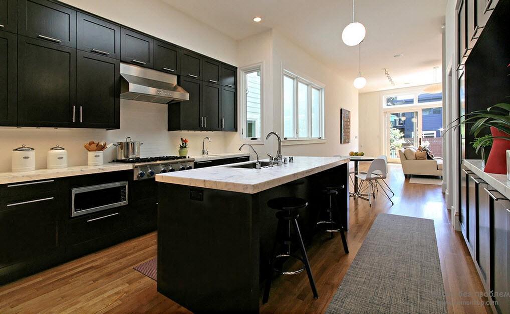 Интерьер и дизайн черно-белой кухни: современный интерьер в темно-светлых тонах