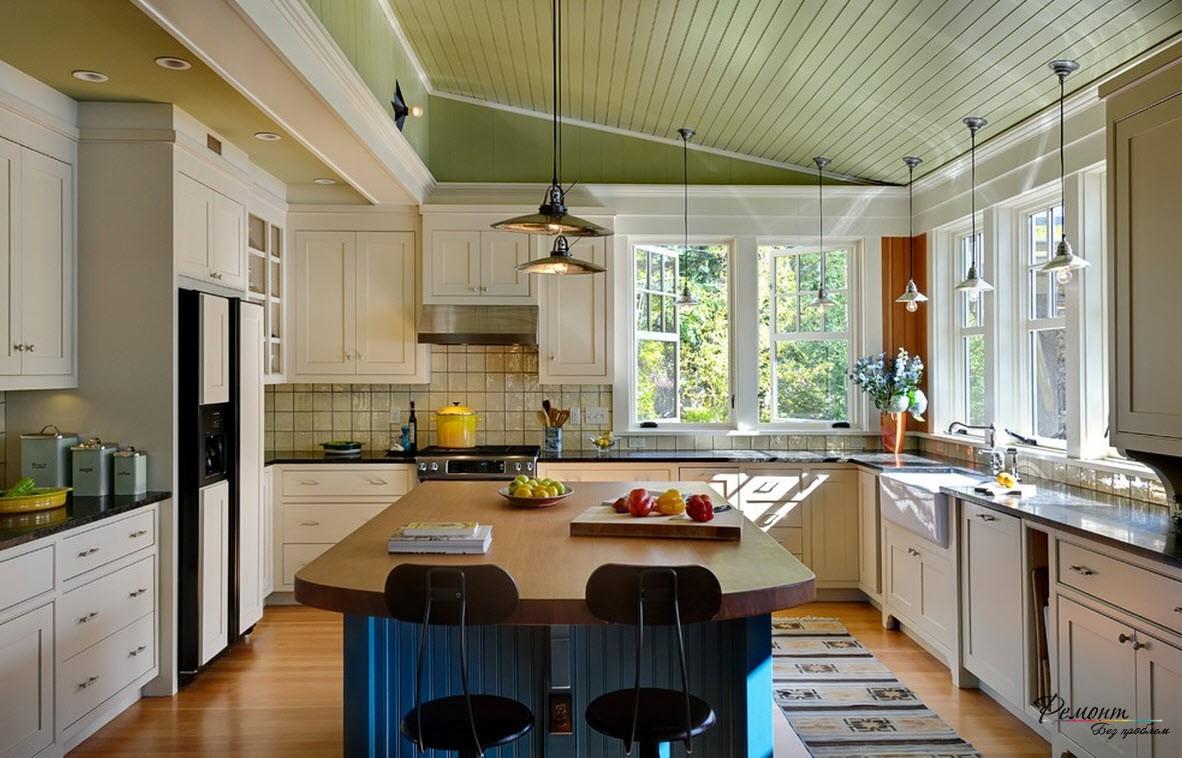 Кухня в загородном доме должна быть более мягкой