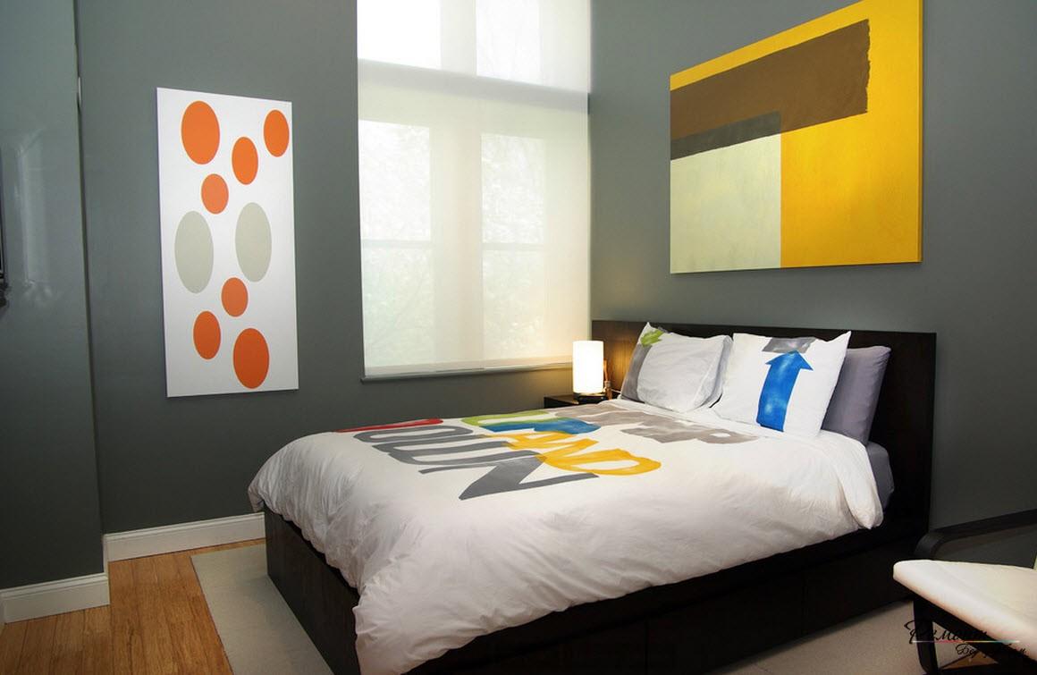 Геометрический сюжет на стене спальни