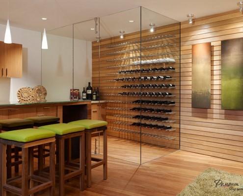 Комната в стиле контемпорари с винным шкафом