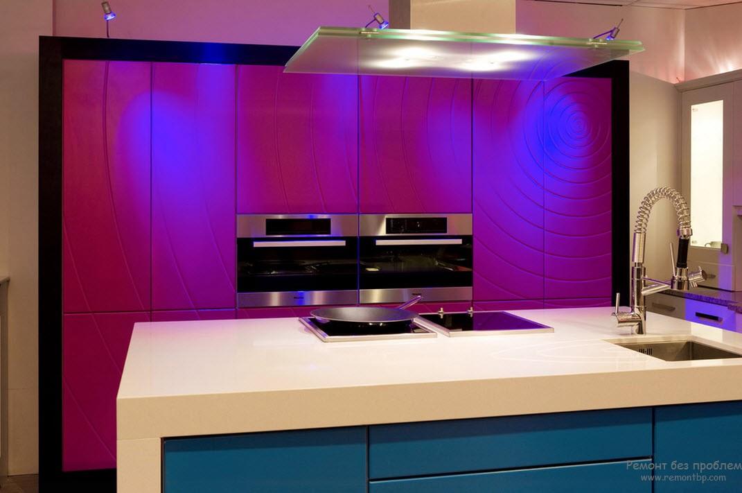 Яркие фасады кухни