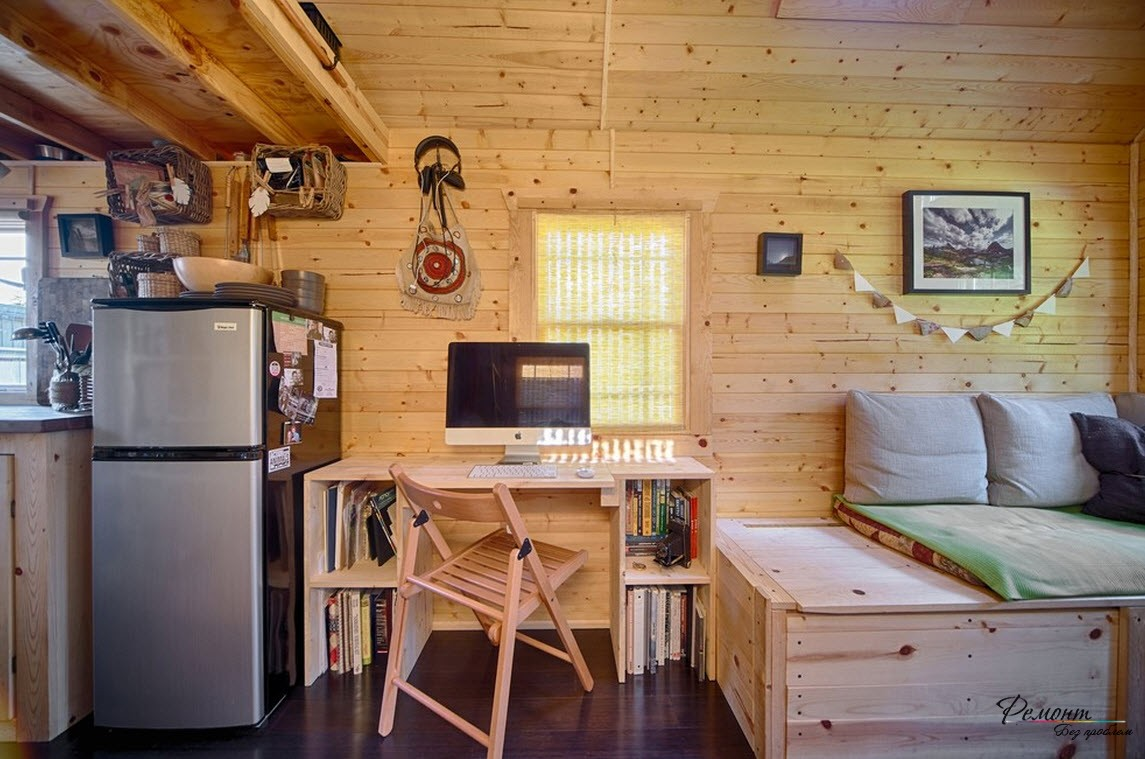Особую теплоту и уют создают стены, потолок, обшитые досками