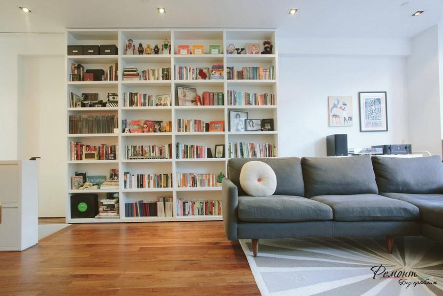 Стеллажи с книжными полками - практичное решение