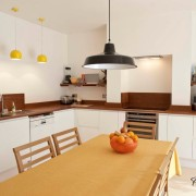 Комфортная матовая кухня