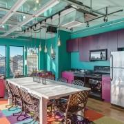 Сочетание бирюзы и фиолетового цвета в интерьере