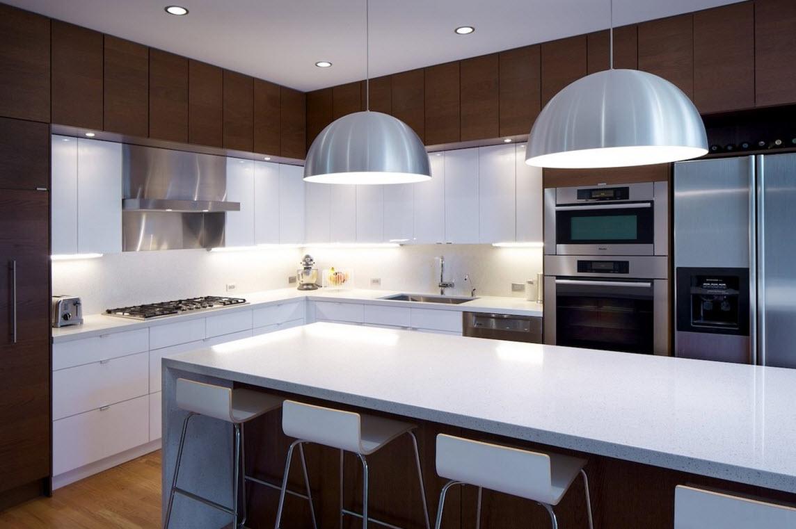 Большие светильники на кухне