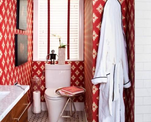 Бело-красная зона туалета