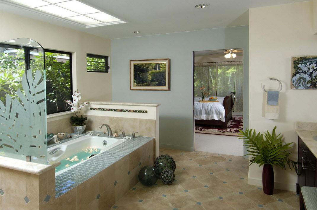 Бежевый пол в ванной