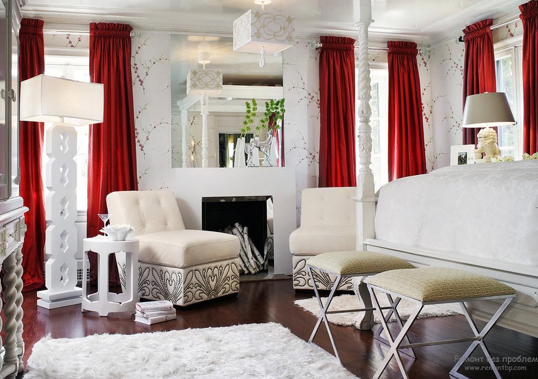 Светло красная спальня