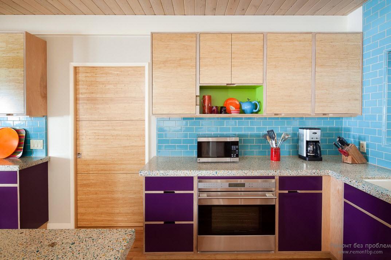 Фиолетовые фасады кухонного гарнитура