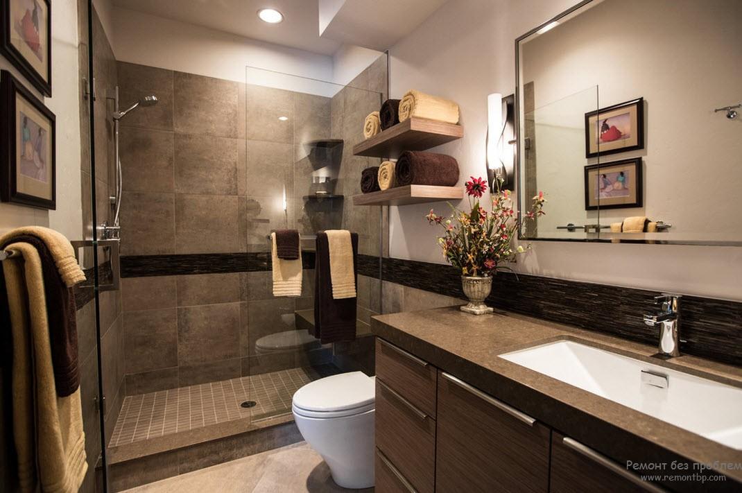 Коричневый с бежевым и белым в интерьере ванной комнаты