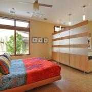 Деревянная перегородка - экологически чистый материал в доме