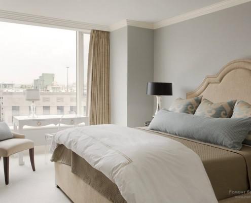 Роскошная бежевая спальня