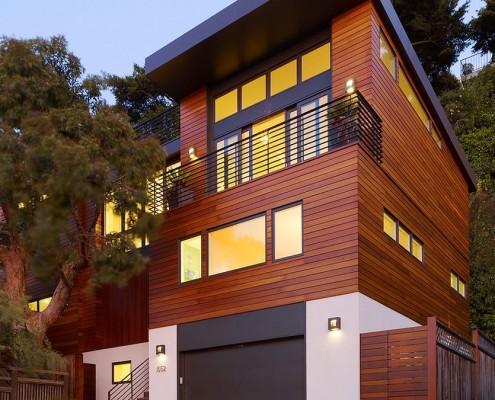 Вариант горизонтальной облицовки фасада сайдингом