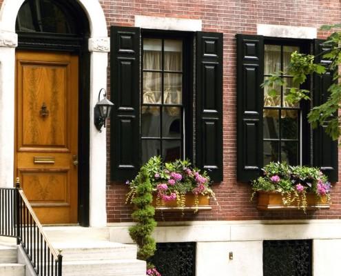 Ставни на окнах, как элемент декора