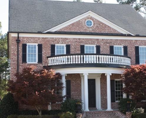 Фасад дома с колоннами
