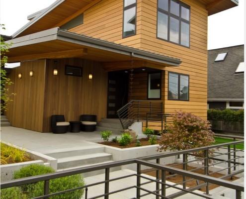 Фасад, облицованный блок-хаусом