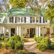 Дом зеленого цвета для любителей оригинального