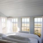 Интерьер маленькой спальни – прорыв в пространстве