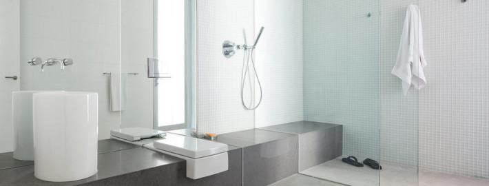 Красивые стены ванной комнаты: используем все возможности…
