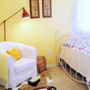 Солнечный желтый в детской комнате