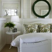 Зеркало в дизайне мини-комнаты