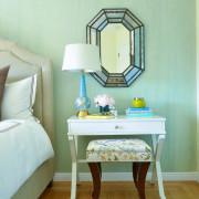 Изумрудный цвет в дизайне маленькой комнате