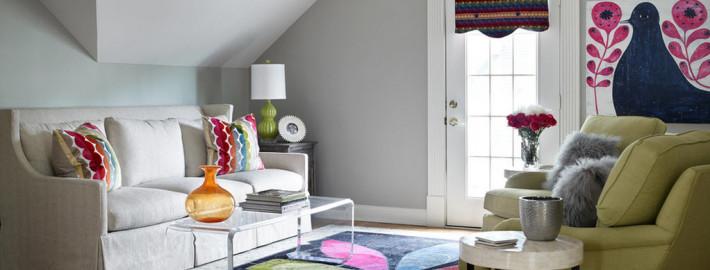 Яркие детали в дизайне маленькой комнаты