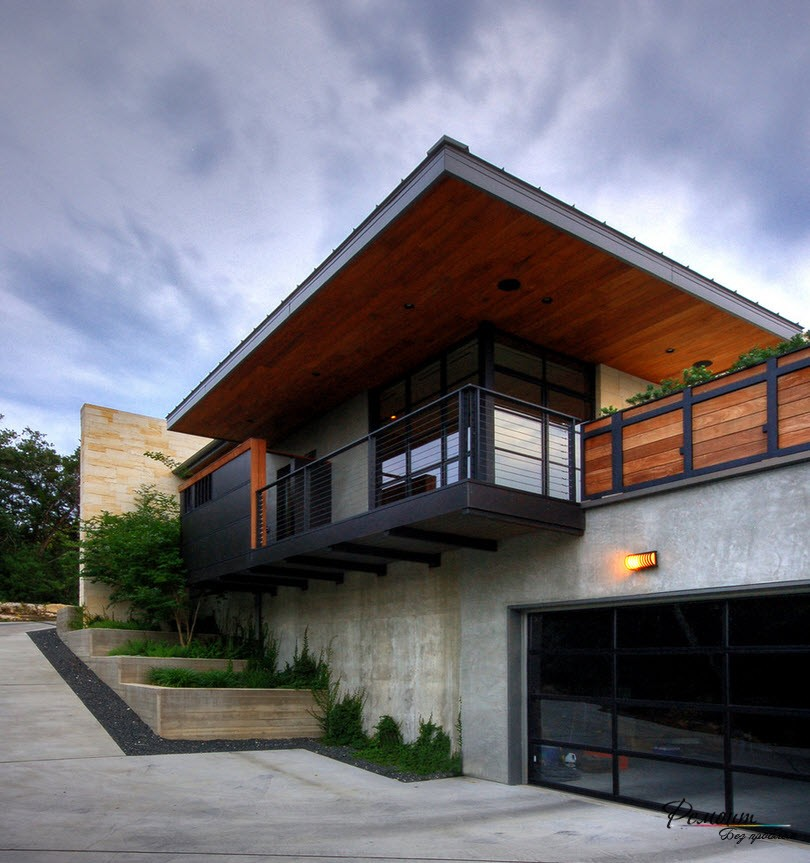 - Terraced modern homes with underlying garage ...