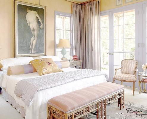 Система декора спальни включает множество компонентов