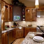 Мойка обязательно должна гармонировать с общим дизайном вашей кухни