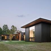 Комплекс построек в стиле минимализм