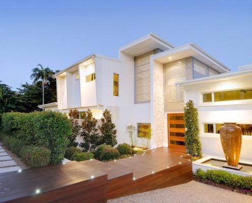 Белоснежный дом в стиле минимализм