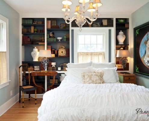 Классический образ небольшой спальни