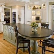 Кухонная барная стойка и стол