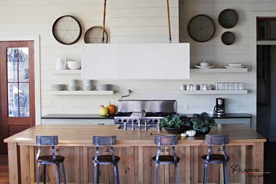 Кухонная утварь - необычный элемент декора стен