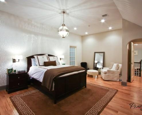 Элегантная спальная комната в классическом стиле: интерьер и дизайн, идеи оформления и обустройства