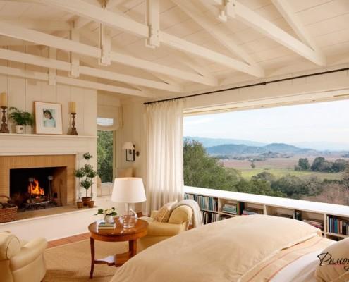 Панорамные окна в доме из бруса